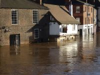 Flooding_in_York_-_20151227_13_08_40